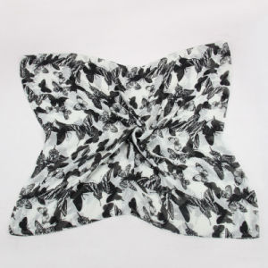 Women Black and White Butterfly Printing Design Scarf pictures & photos