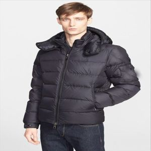 2015 Latest Fashion Deisgner Warm Winter Down Jacket for Mens pictures & photos