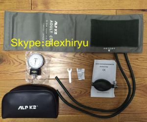 Palm Type Aneroid Sphygmomanometer Blood Pressure Monitor pictures & photos