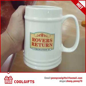 3D Embossed Smile Ceramic Beer Mug for Promotional Gift pictures & photos