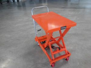 Wp500 Hydraulic Scissor Table Truck pictures & photos