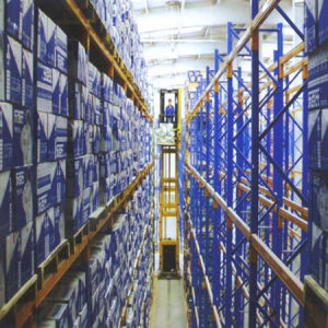 Warehouse Storage Very Narrow Aisle Racking pictures & photos