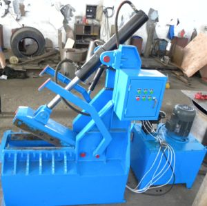 Qdj-1200 Scrap Tires Cutting Machine for Tire Recycling Automatic pictures & photos