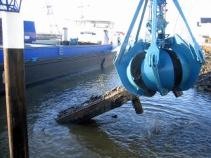 Dredging Grab pictures & photos