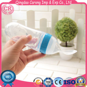 Silicone Baby Squirt Spoon Baby Feeding Bottle with Spoon pictures & photos