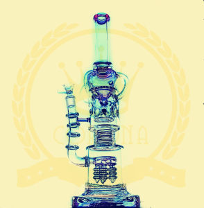 Hot Selling Hitman Cup Corona Glss Water Pipe Two Size Avaliable Custom OEM Welcome Smoking Glass Waterpipe pictures & photos