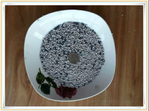 2016 Hot Sale Bentonite Charcoal Stone Crusher High Quality and Clumping pictures & photos
