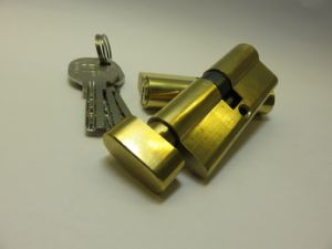 70mm Euro Brass Polished Security Door Lock Cylinder, Knob Cylinder pictures & photos