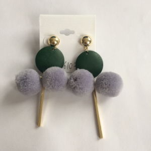Hair Ball Metal Tassel Earring with Star Fashion Jewelry Hot Style pictures & photos