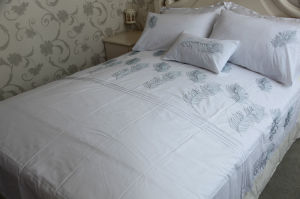 MID-Level Leaf Embrodiery Polycotton Bedding Set pictures & photos
