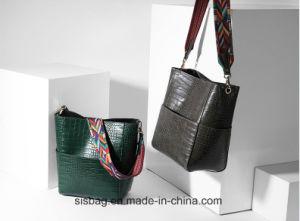 Spring Crocodile Grain PU Bucket Bag Woven Straps Lady Handbag pictures & photos