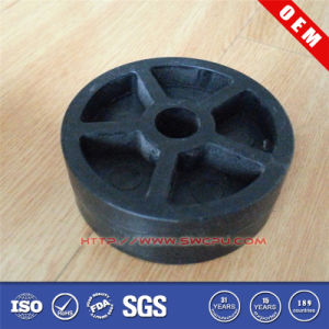 Injection Molding PA 66 Plastic Pulley/Wheel pictures & photos