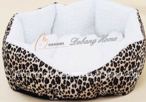 Fashionable Leopard Print Home Made Dog Bed pictures & photos
