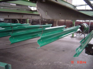 Weifang East Hot DIP Galvanized Highway Guardrail pictures & photos