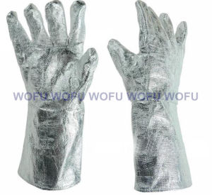 Aluminum Foil High Temperature Fire Resistant Gloves pictures & photos