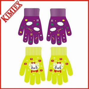 Cartoon Fancy Promotion Knitted Magic Glove pictures & photos