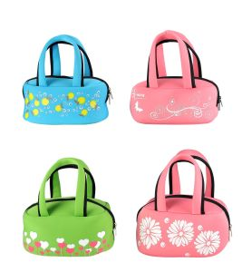 Square Flower Stlyle Lunch Bag with Handle for Picnic pictures & photos