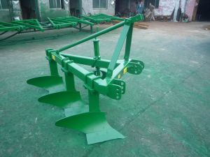 1L -330/Simple Construction /Versatile in Aplication Tractor 3 Point Linkage Share Plow pictures & photos