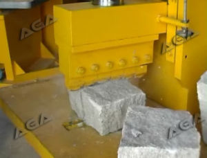 Hydraulic Stone Splitting Machine for Curb Stone (P90) pictures & photos