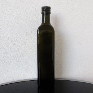 Olive Oil Bottle pictures & photos
