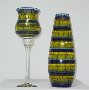 2013 New Design and Elegant Glass Mosaic Goblet Candle Holder (DRL05301) pictures & photos