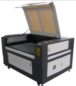 CO2 Laser Cutting Machine for Wood/Acrylic pictures & photos