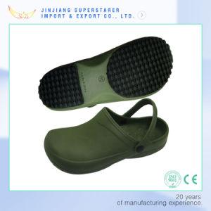 Indoor Nursing Work Clog Sandals Anti-Slip Hospital Clogs pictures & photos