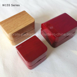 2017 New Product Luxury Engagement Lacquer Wood Jewelry Box with Custom Design pictures & photos