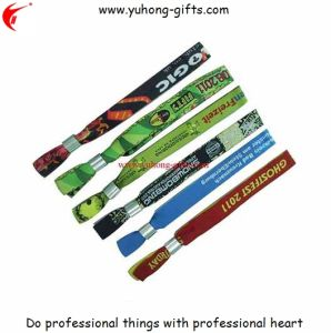 Promotion Fabric Woven Wristband (YH-WW003) pictures & photos