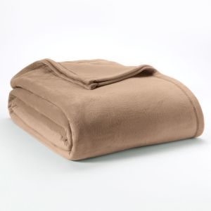 Super Soft Warm Polyester Short Velvet Throw Fleece Blanket pictures & photos