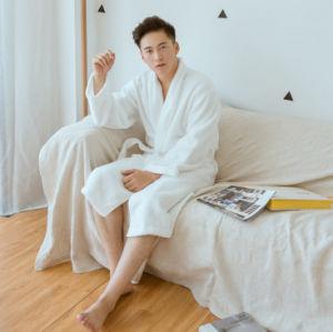 100% Cotton Bathrobe New Design Plain Couple Bathrobe Women and Men Bathrobe pictures & photos