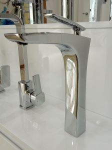 Australian Standard Washing Room Dr Brass High-Rise Basin Tap pictures & photos