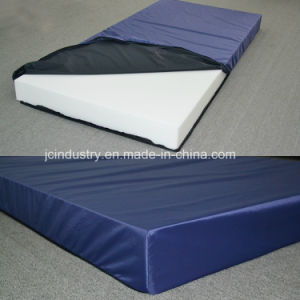 High Density Foam Medical Mattress with Waterproof Cover pictures & photos