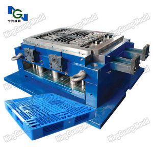 Plastic Injection Industrial Pallet Mold pictures & photos