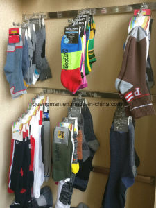 Hot Sale Men Socks Lot Cotton Warm Classic Casual Dress Socks pictures & photos