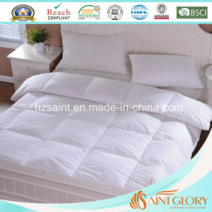 Hotel Snow White Microfiber Filling Polyester Comforter pictures & photos
