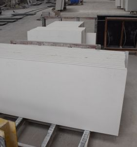 Chinese Factory Direct Supplier Pure White Quartz Countertop Price for Kitchen pictures & photos