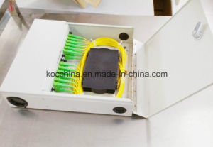 Kwmsb-D/C Fiber Optic Distribution Box with Door Sc 24ports for FTTX Use pictures & photos