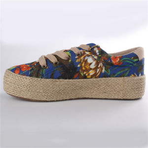 Women Shoes Canvas Shoes with Hemp Rope Rubber Outsole Snc-28007 pictures & photos