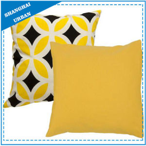 Bright Yellow Diamond Printed Polyester Throw Pillow pictures & photos