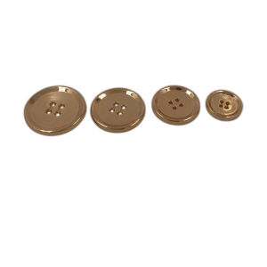 Dongguan Garment Accessory 4 Holes Metal Button pictures & photos