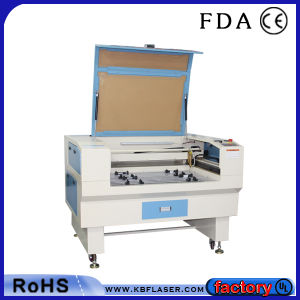 CO2 Laser Cutter for Acrylic Leather Paper pictures & photos