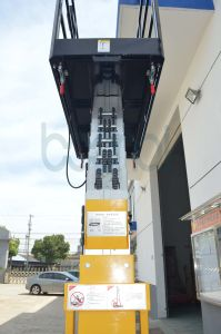 Double Masts Aerial Work Platform for Max Height of Platform (9m) pictures & photos