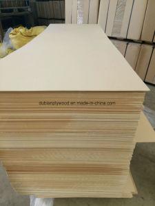 Building Materials Plain MDF Board E2 Poplar pictures & photos