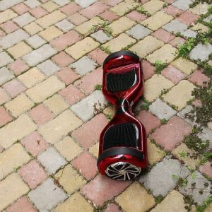 UL2272 Certificated Hoverboard pictures & photos