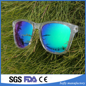 Fashion Designer Men Women Brand OEM Sunglasses with Polarized Lens pictures & photos