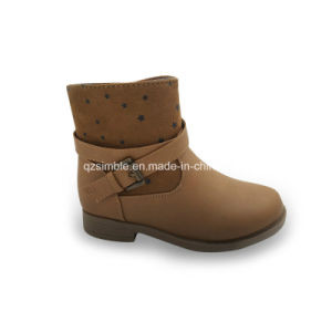 Comfortable Brown Color Boots for Girls to Wear pictures & photos