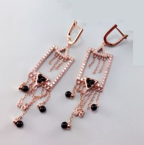 2017 Hot Sales 925 Sterling Silver Earring Women Se3344 pictures & photos