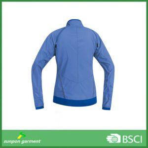 Hiking Camping Cycling Windstopper Hooded Softshell Jackets pictures & photos