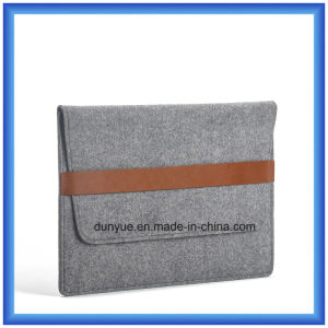 "Promotional Eco-Friendly Wool Felt Laptop Briefcase/ Laptop Sleeve Bags with Front Pocket for Apple MacBook Air PRO, PRO Retina 13.3"" (70% CONTENT WOOL) pictures & photos"